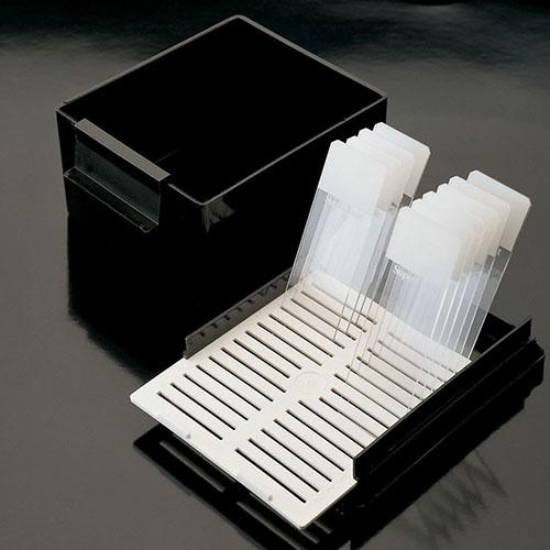 Емкости полиоксиметиленовые для окрашивания предметного стекла